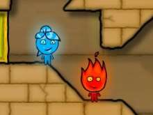 Игра Огонь и вода в светлом храме фото